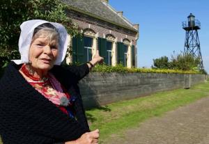 Themaochtend Buren Koningskerk Zwolle-Zuid ontmoeten Schokkerin Jannetje op 14 maart @ Koningskerk