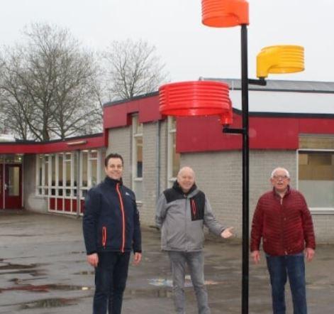 OKC De Marshof Zwolle Zuid plant Korfbalboom met Korfbalvereniging Oranje Zwart