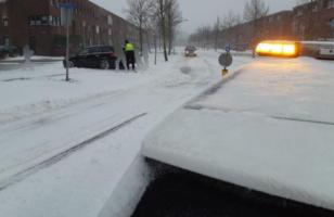 Politie Zwolle sneeuw
